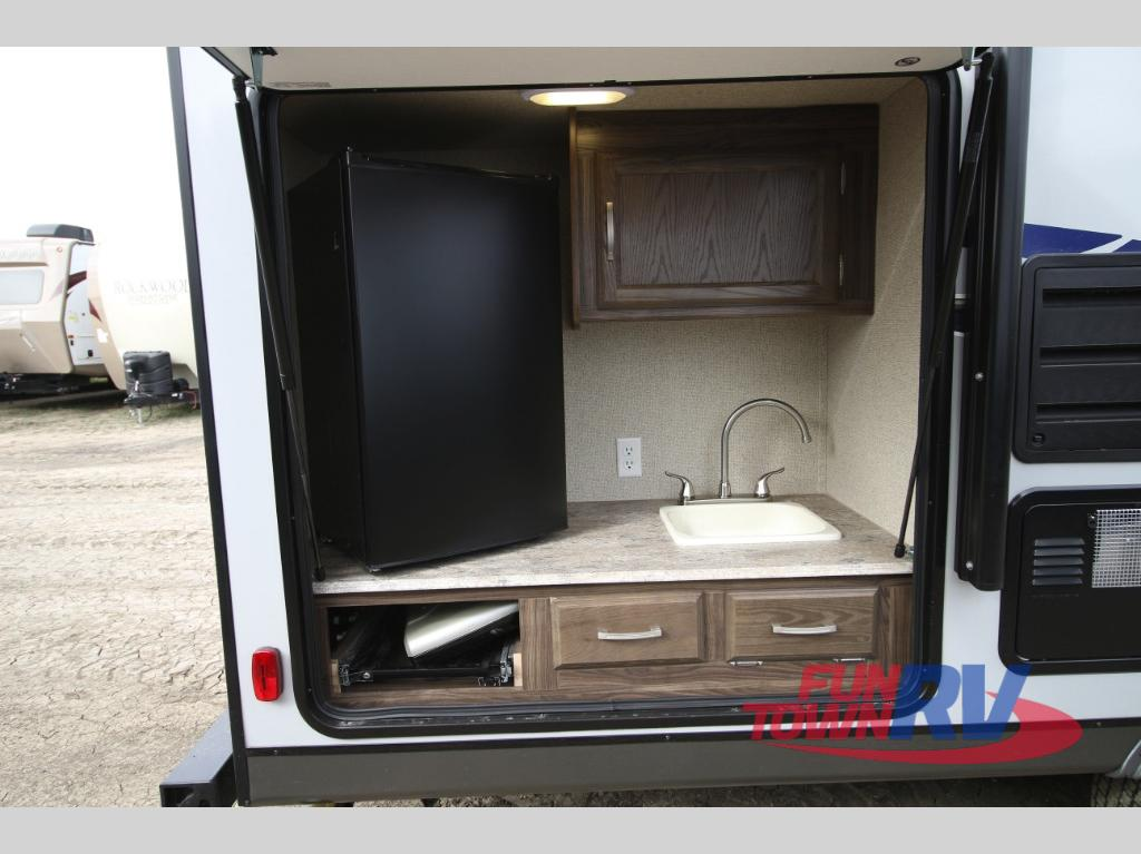 Coachmen Apex Ultra Lite Travel Trailer Outdoor Kitchen - Coachmen Apex Ultra-Lite Travel Trailers: A New Wave Of Camping