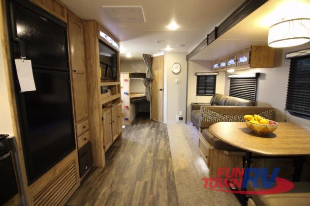 Coachmen Freedom Express Travel Trailer Bunkhouse