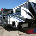 Cruiser Boss Fifth Wheel Toy Hauler Exterior
