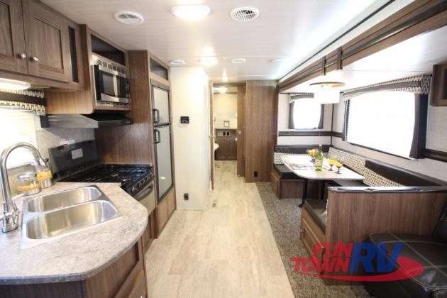 Heartland Trail Runner Travel Trailers Interior