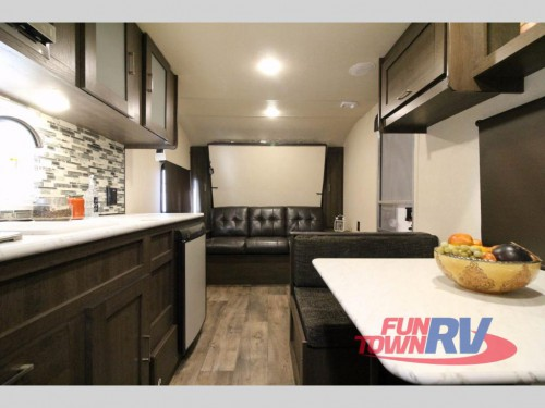Forest River Wildwood 187RB Travel Trailer Interior