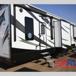 KZ Venow Fifth Wheel Toy Hauler Rear