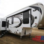 Palomino Columbus Fifth Wheel