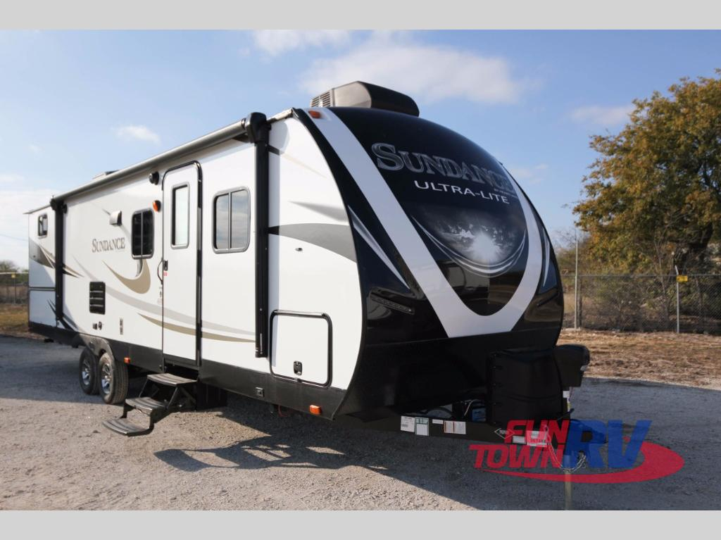 ultra light travel trailers reviews