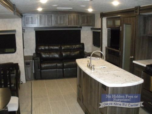 Highland Ridge Open Range Ultra Lite Travel Trailer Interior
