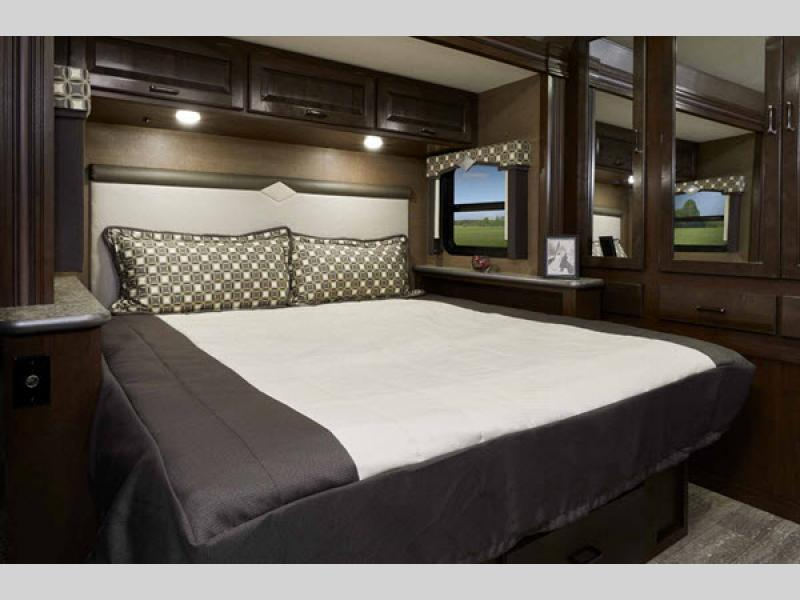 bedroom in hurricane motorhome