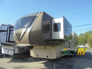 The Crossroads Elevation Fifth Wheel Toy Hauler Offers Unique Luxury Hitch Rv Blog