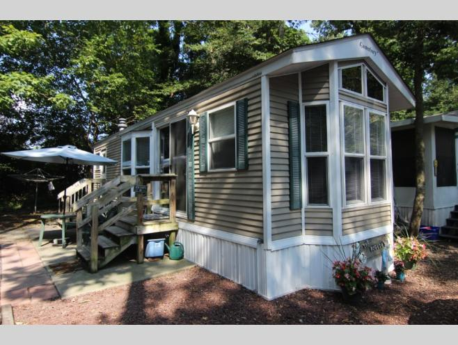 RVs For Sale By Owner at Holly Shores Camping Resort - Holly