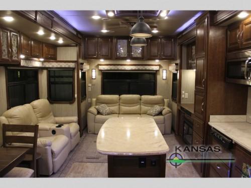 DRV Luxury Suites Mobile Suites Aire MSA 40 Fifth Wheel