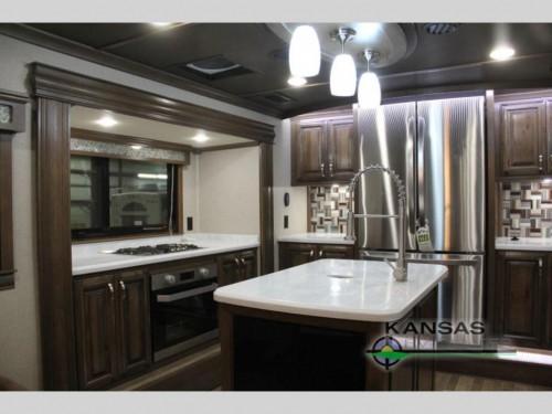 2018 RiverStone fifth wheel Kitchen