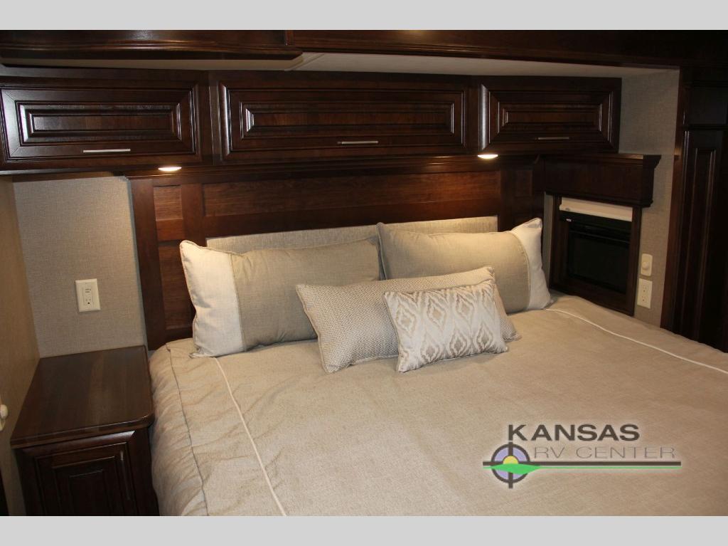 Mobile Suites 40 KSSB4 bedroom