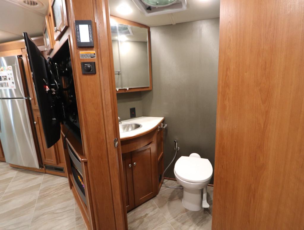 Half Bath in the Winnebago Forza 38F