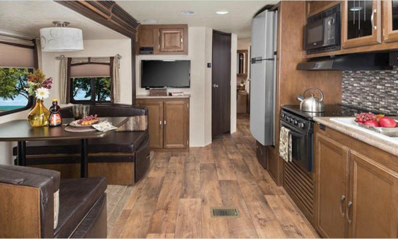 heritage glen hyper-lyte travel trailer kitchen