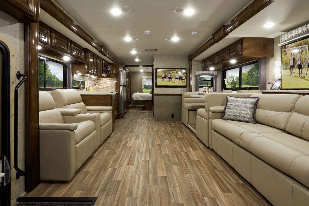 Thor Motor Coach Miramar for sale interior