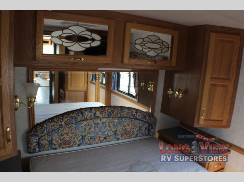 Dutchstar 37 Bedroom