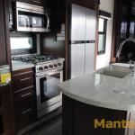 Jayco Pinnacle kitchen