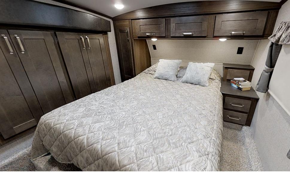 Laredo bedroom