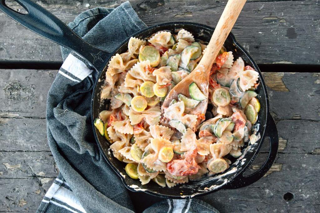 one-pot-pasta-primavera-camping-recipe-12