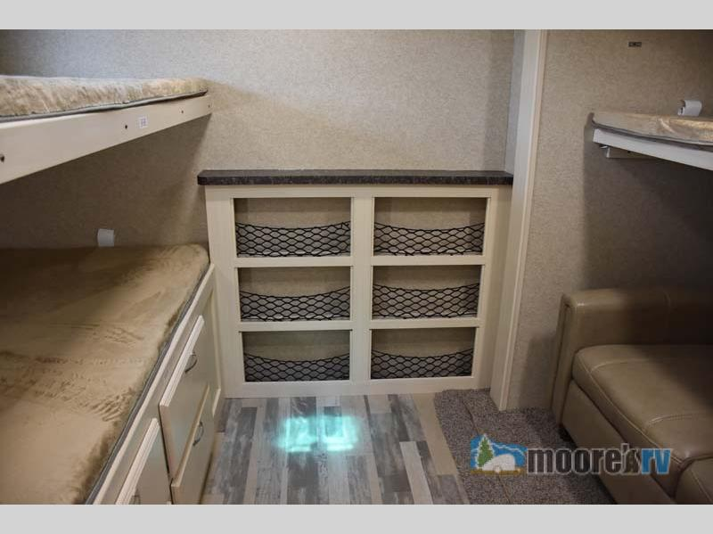 Winnebago Industries Towables Minnie Plus bunk