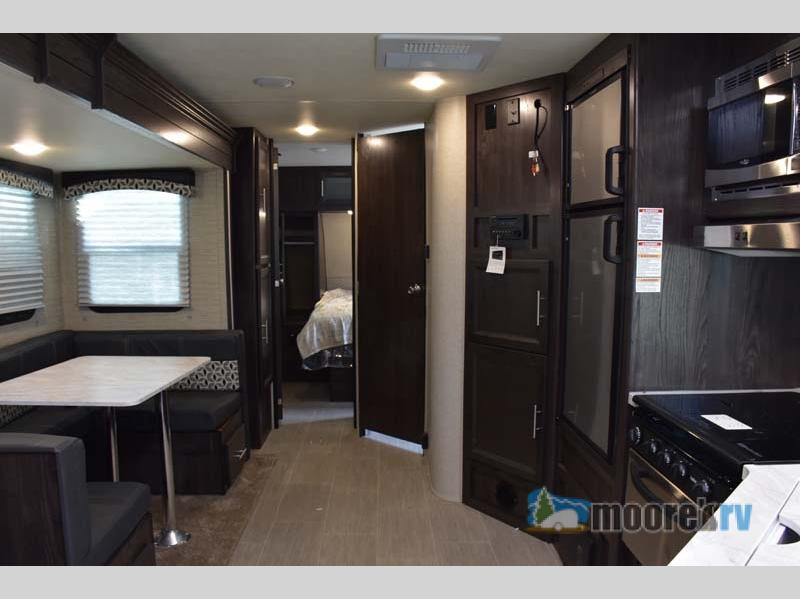 Dutchmen RV Kodiak Ultra Lite Living