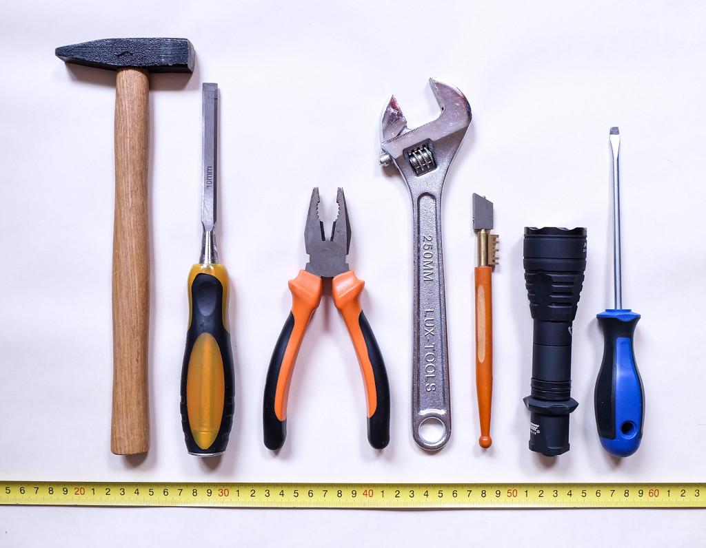 tools-2145771_1920