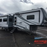 Highland Ridge Open Range Roamer Fifth Wheel