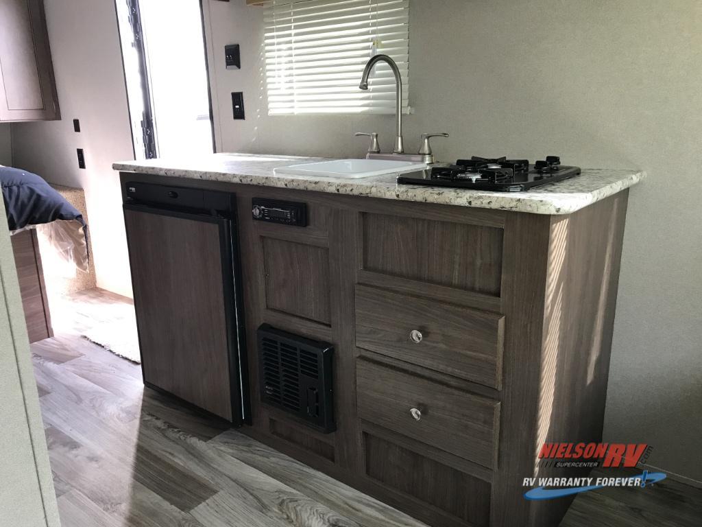 single axle hideout kitchen