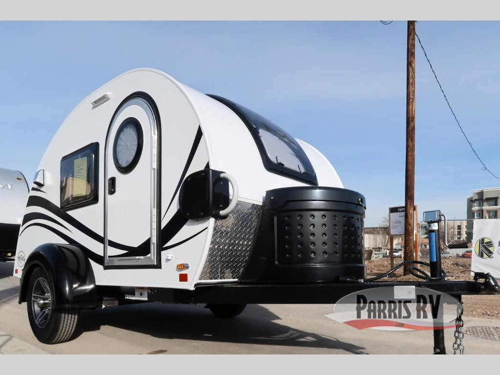 TAG Teardrop Trailer Exterior