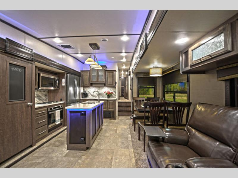 Crossroads Cruiser Fifth Wheel for sale