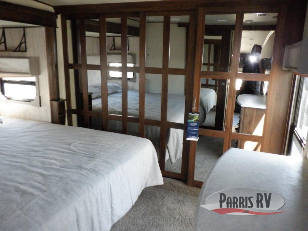 Compass 298RLC Bedroom