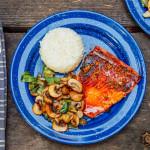 Honey-Glazed-Salmon-with-Veggies