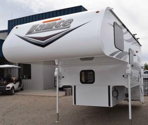 2016 Lance 865 Truck Camper