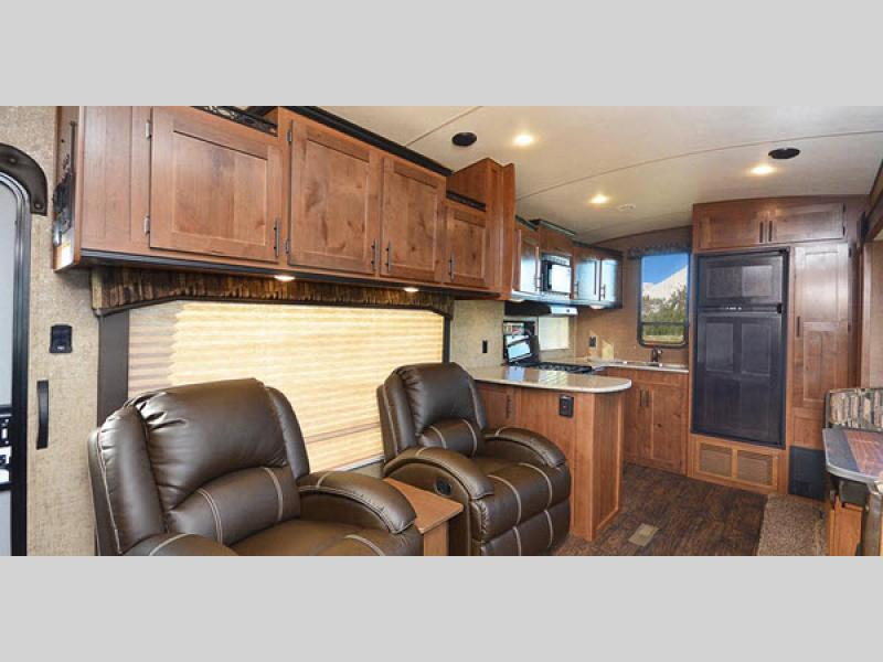 four seasons package glacier peak mountain series fifth wheel