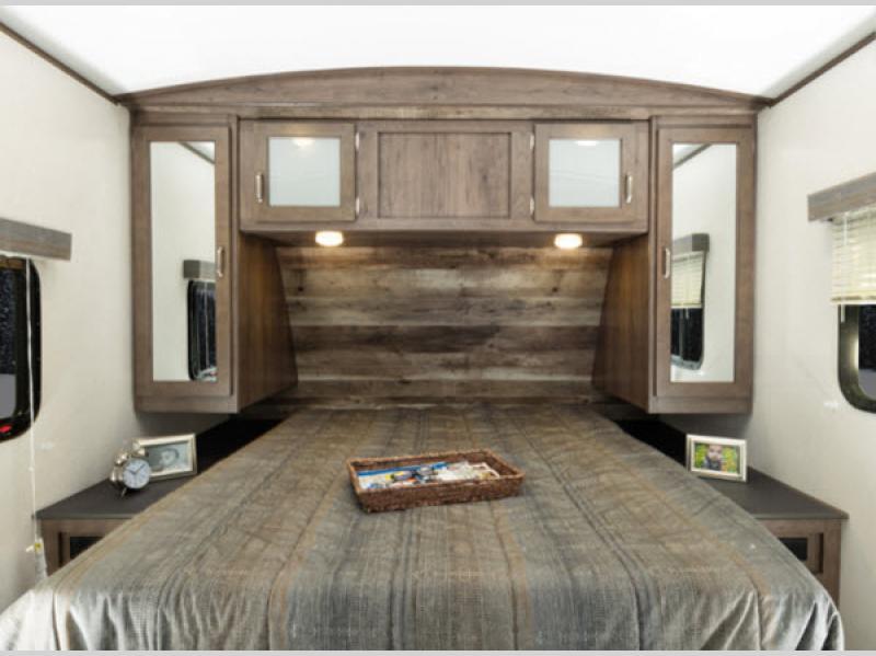 2020 keystone passport bedroom