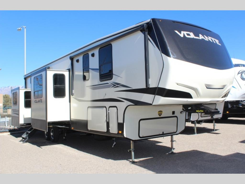 New 2019 CrossRoads RV Volante 3861BL