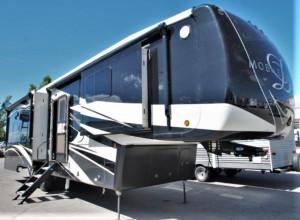 DRV Luxury Suites main