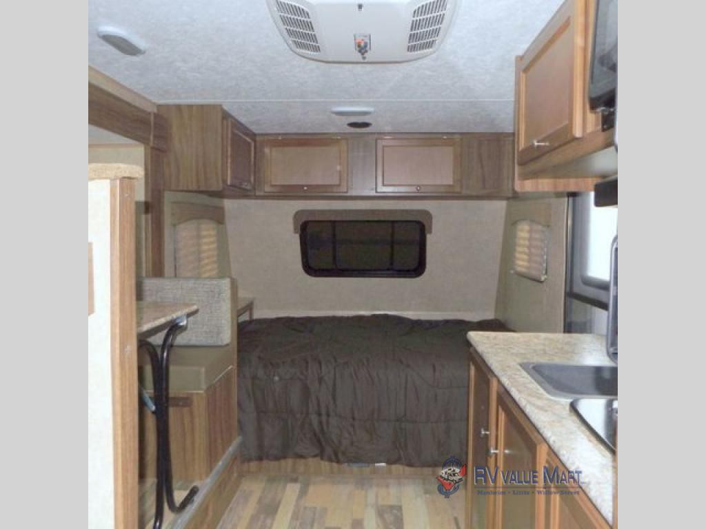 Coachmen RV Viking Living