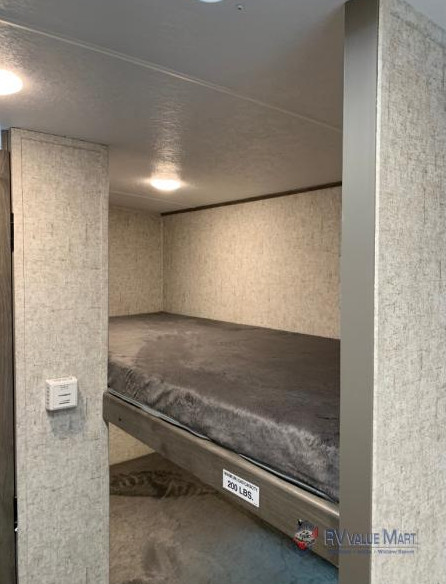 Coachmen apex travel trailer bunks