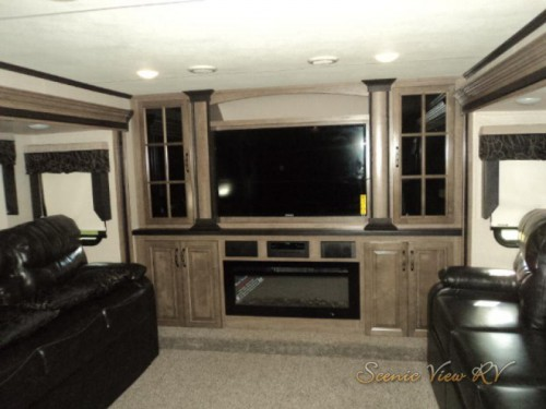 2018 KZ Durango Gold Fifth Wheel Living Room