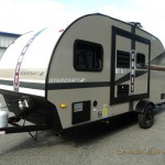 Starcraft Comet Mini travel trailer