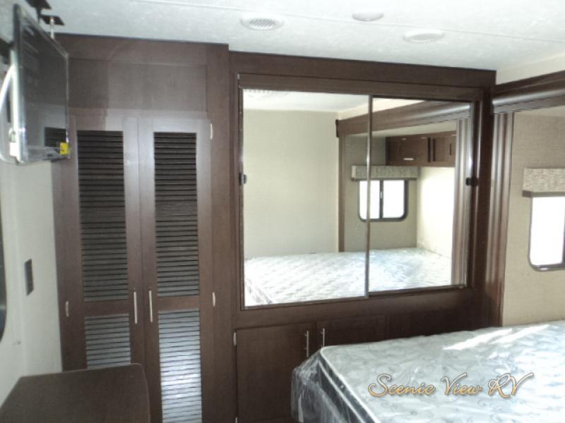 Scenicview RV KZ Sportmen Bedroom