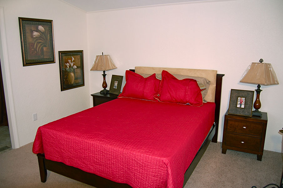 bedroom sw 270