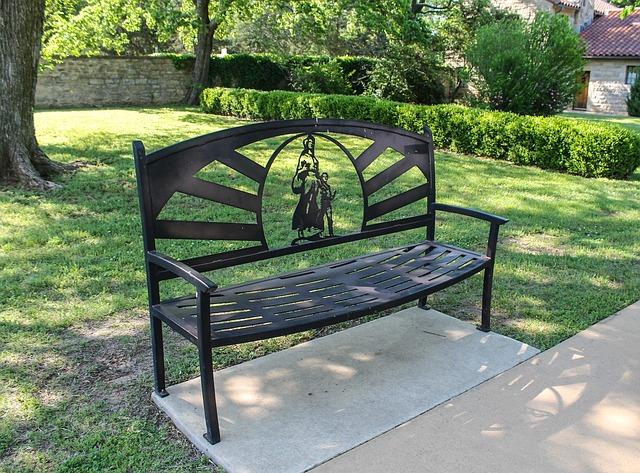 marland mansion bench