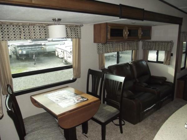 Chaparral fifth wheel interior
