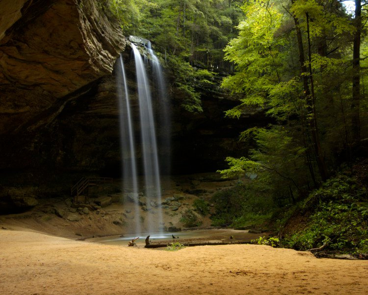 waterfall at hocking hills state park