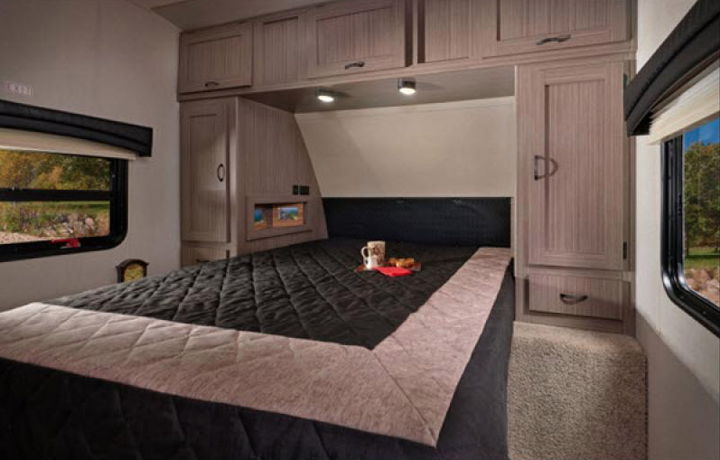 bedroom coachmen adrenaline