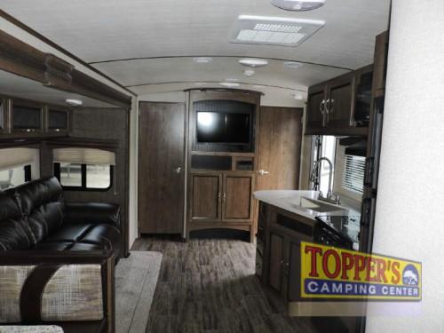Cruiser Radiance 30DS Ultra Lite Travel Trailer Interior