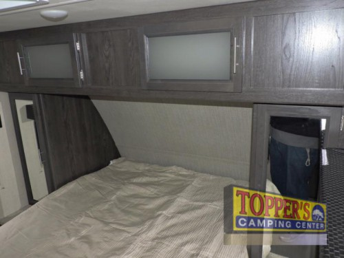 Dutchmen Kodiak Ultra Lite 253RBSL Travel Trailer Bedroom