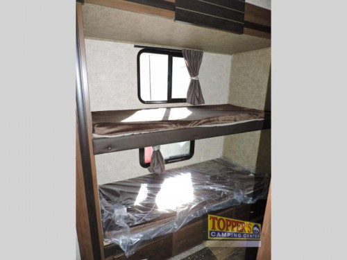 Forest River Sandpiper HT 3350BH Fifth Wheel Bunkhouse