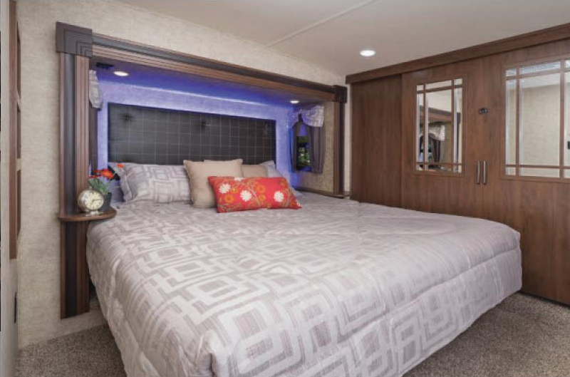 bedroom in sandpiper